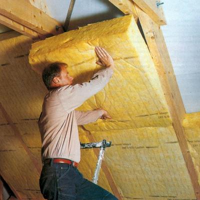 фото: утепление потолка минеральной ватой